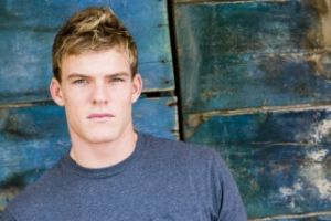 "Alan Ritchson ""Aquaman"" (Smallville) #1"